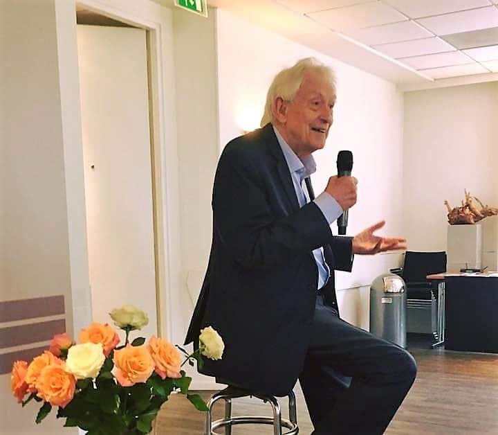 """Michel Odent: """"Új irányt kell vennünk a születés területén, ez az egyetlen alapunk az optimizmusra."""""""